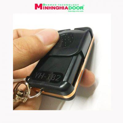 Remote Cua Cuon Yh1b2